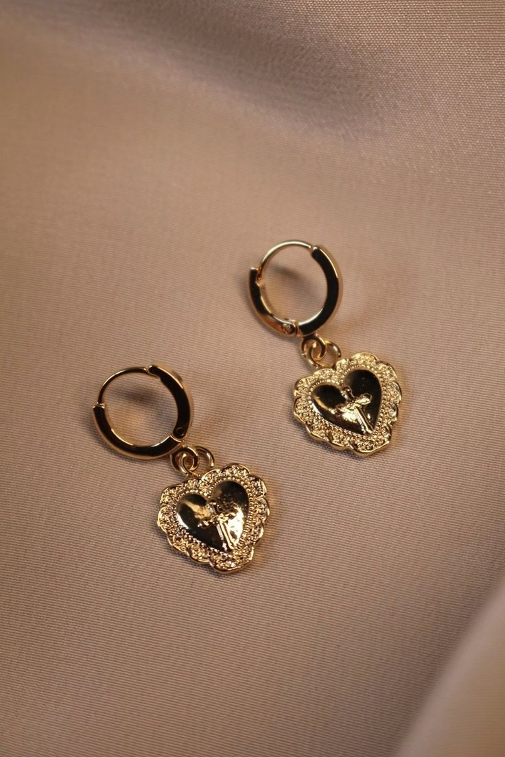 Amore Heart Earrings – Accessories