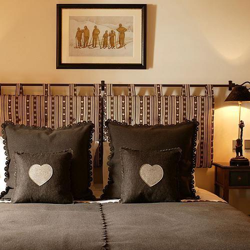 124 best diy headboard ideas images on pinterest diy for Headboard made pillows