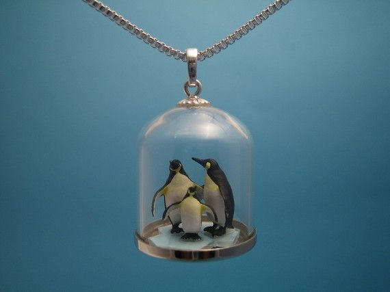 Most unique necklace I've seen in a while. Adorable.