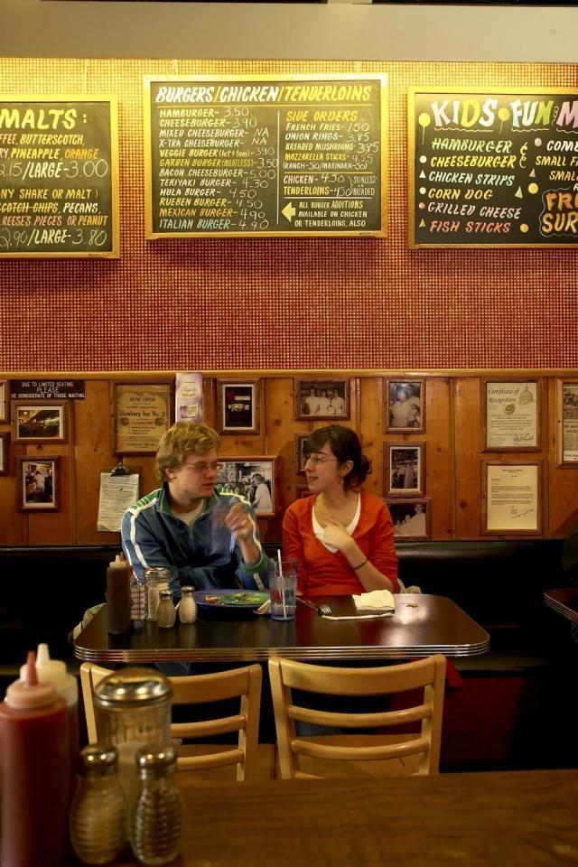 Iowa City Trip Guide...Patrons pack into Iowa City's Hamburg Inn.