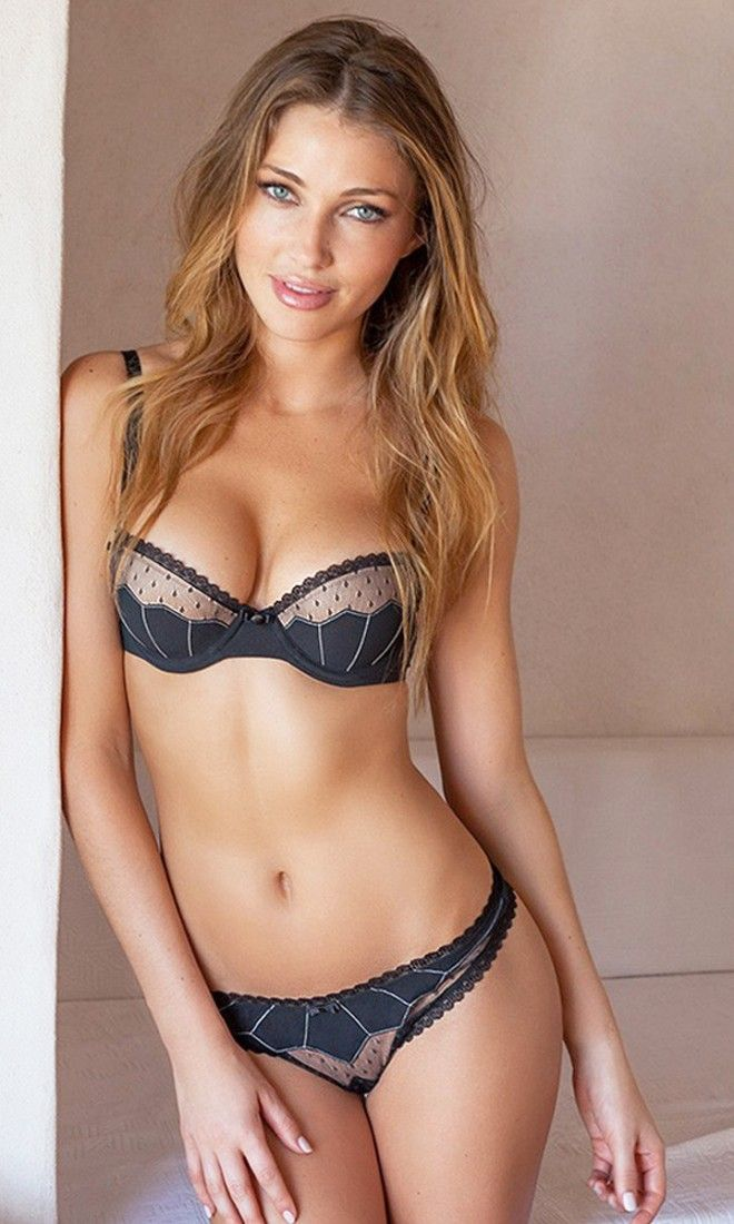 Black lace bra and panty set  d800655e4