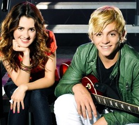 """Ross and Laura from """"Austin and Ally""""."""