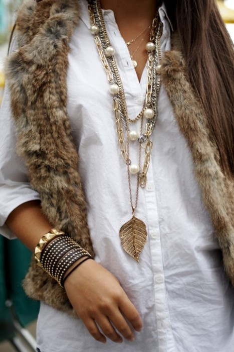 .: Boho Chic, Style, White Shirts, Layered Necklaces, Faux Fur Vest, Long Necklaces, Accessories, Gold Jewelry, Furvest