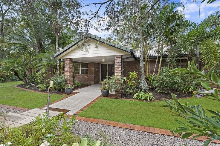 3 Sanctuary Court, Eatons Hill 4 Bed 2 Bath 4 Car  http://www.belleproperty.com/buying/QLD/City-and-North/Eatons-Hill/Acreage/75P0510-3-sanctuary-court-eatons-hill-qld-4037