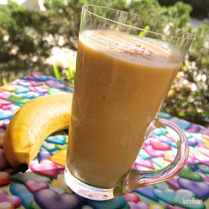 Thick and Creamy Banana Yogurt Smoothie is a really yummy smoothie ...