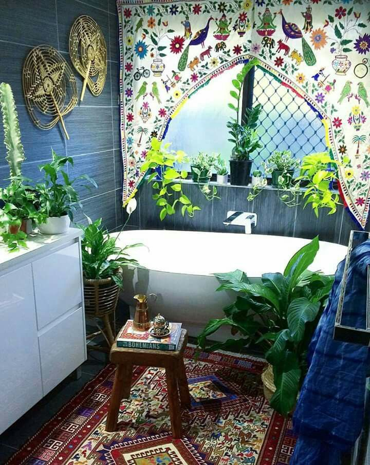 409 best bohemian bathrooms images on pinterest house for Hippie dekoration