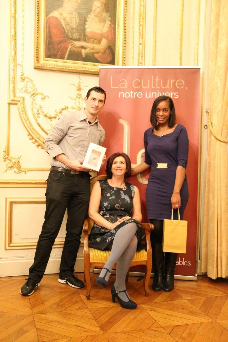 Le tirage au sort du grand Jeu-Concours « L'Aube De Ma Jeunesse » a eu lieu lors de la soirée du 12 décembre, dédiée à la remise des prix littéraires Léa 2016. Un grand bravo à eux et un grand merci à tous les participants.
