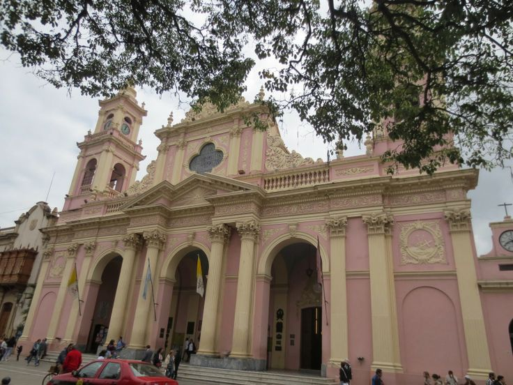 The Travelling Lindfields: Taking it slowly in Salta