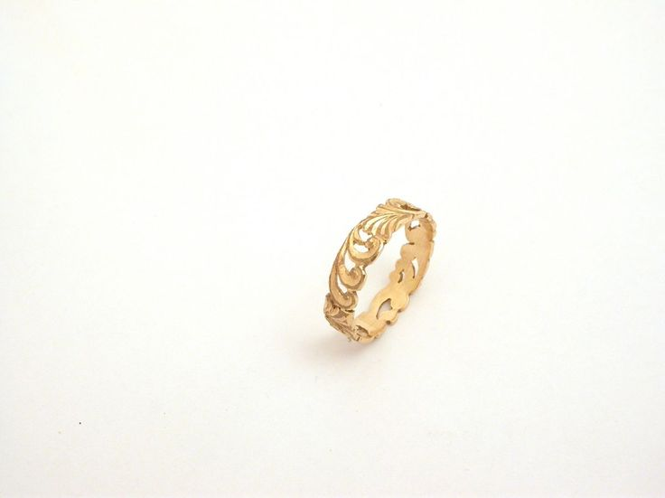 Ring - Band - Renaissance - Small. 18 carat (kt), Yellow gold 2.60 grams (gr). Wide: 0.18 inches (Usa)  4.70 mm (Italy). Size: 7 inches (usa)  14 mm (Italy).Codice: TMS.ss.