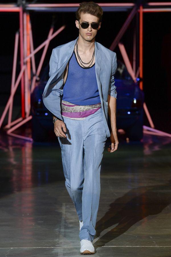 Les 10 tendances du printemps-été 2015 Les couleurs pastels chez Roberto Cavali