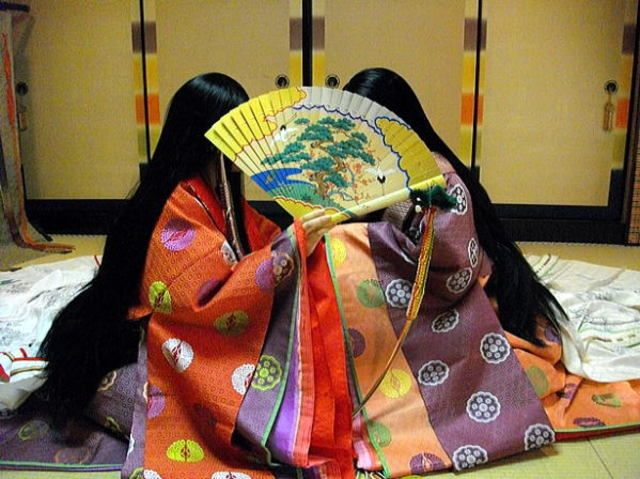 十二単 (Jyūni-hitoé), a twelve-layered kimono worn only by court-ladies since circa10th century during the Heian Era, Japan.