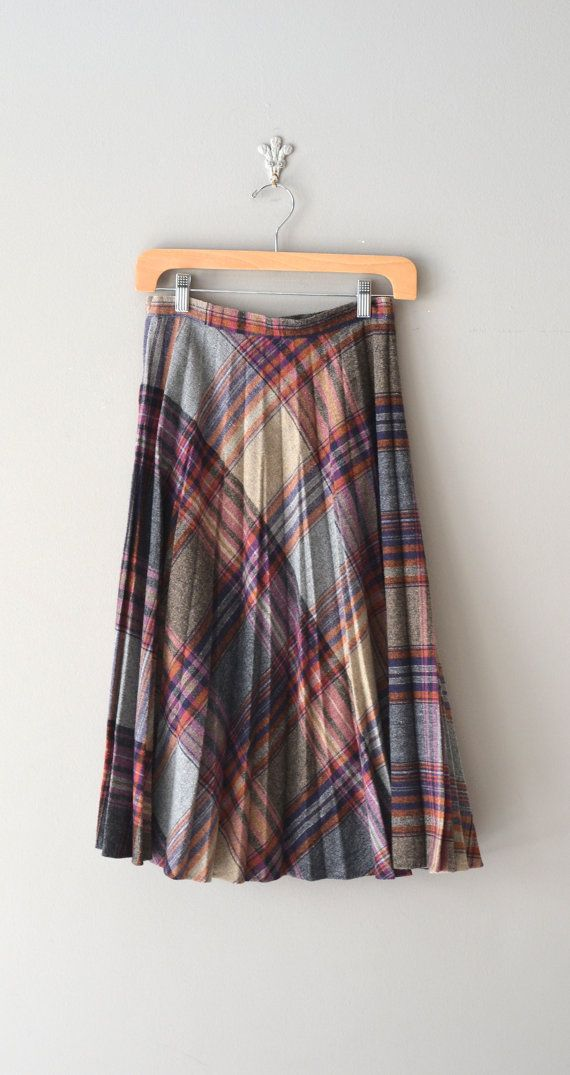 70s plaid wool skirt / vintage 70s skirt / by DearGolden on Etsy, $34.00
