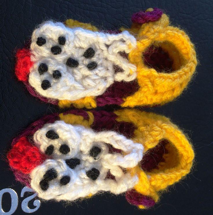 Dog crochet open toed sandals for baby. measure 9cm long.