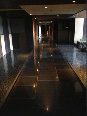 Corredor do Hotel Crowne Plaza Changi Airport