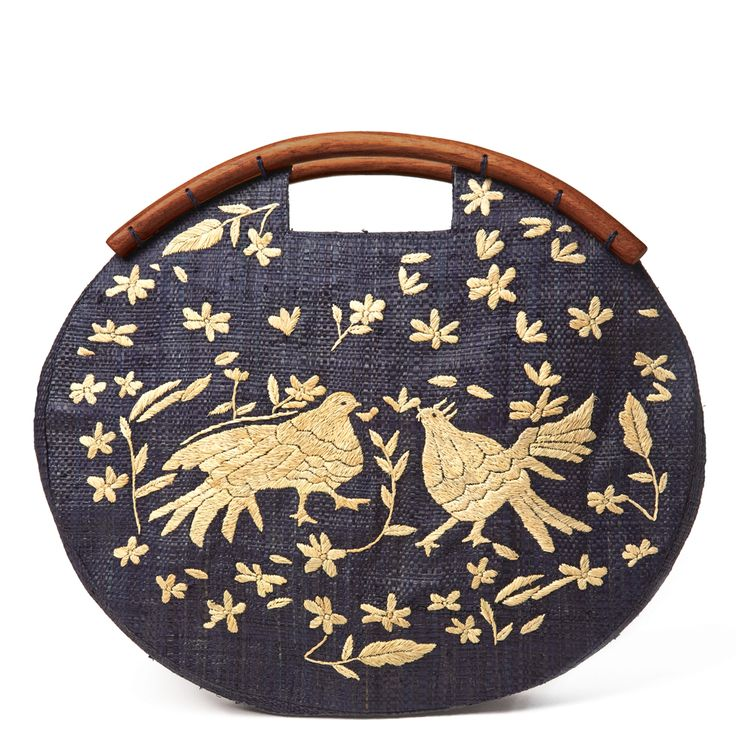 frida-embroidered-clutch-53.jpg 1,000×1,000 pixels