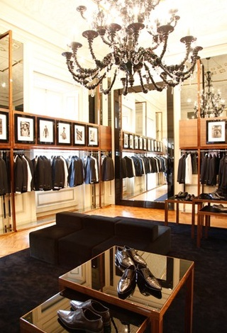 Dolce & Gabbana revamps Milano Shop