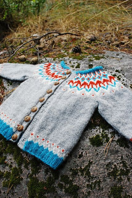 Ravelry: mariacarlander's squire