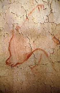 """La tigre balzò sul petto di Khobitnov, permettendogli la straordinaria esperienza di osservare la gola di una tigre dal basso: niente all'orizzonte, se non quattro zanne, una lingua e un antro nero e profondo. Un quadro dell'inferno, identico a quelli dipinti dai primi cristiani. La cosa che è più rimasta impressa a Khobitnov non è la paura, e neppure il dolore, ma la temperatura: il """"respiro caldo, rovente"""" dell'animale."""