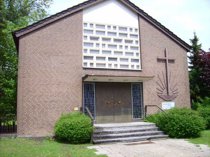 1863 – The New Apostolic Church, a Christian and chiliastic church, is established in Hamburg, Germany. | New Apostolic Church
