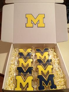university of michigan sugar cookies | cookies on Pinterest | Football Cookies, University Of Michigan ...