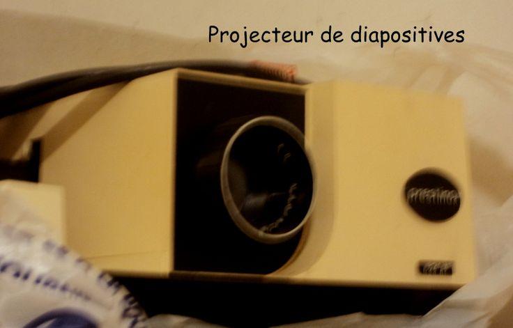 Les 25 meilleures id es concernant ecran video projecteur sur pinterest cinema nice boite de for Projecteur de salon