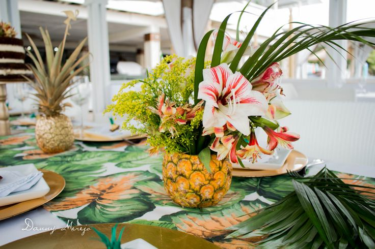 #birthday #party #tropical #table #setting #pineapple #flamingo #nakedcake #cake #naked #palm #trees #restaurant #ferrerorocher #favor #souvenir #ideas #decor #decoration #gold #centerpieces #floral #tropical