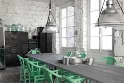 L'intérieur de Paola Navone, célèbre architecte et créatrice italienne de renom.