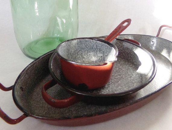 French vintage enamelware  brick-red set - saucepan, small egg pan 2 handles,  gratin dish with 2 handles - granite enamel interior, 1950s