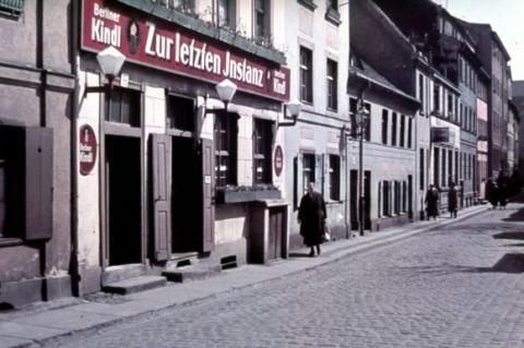 """Berlin 1936 """"Zur letzten Instanz"""" in der Waisenstrasse in Mitte"""