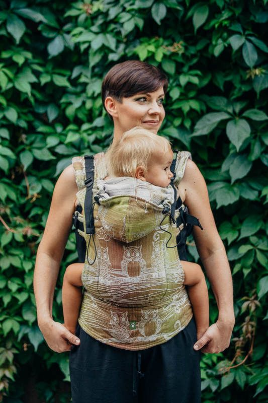 ERGONOMIC CARRIER, BABY SIZE, JACQUARD WEAVE 60% COTTON, 20% MERINO WOOL, 12% SILK, 8% HEMP - WRAP CONVERSION FROM FOREST BUBO OWLS, SECOND GENERATION