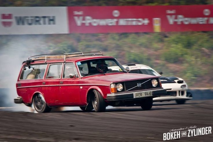 take just a minute to appreciate this picture. thats a VOLVO STATION WAGON in full-on powerslide staying in front of an FD RX7. one of the best handling cars out there!