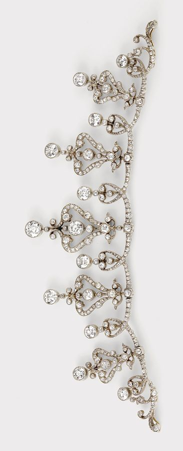 Tiara centre segment or collier, gold/silver, diamonds, total weight ca. 10 ct, off. Austrian. Hallmark 1872 - 1922. Source: dorotheum.com Photocredit: Dorotheum Vienna