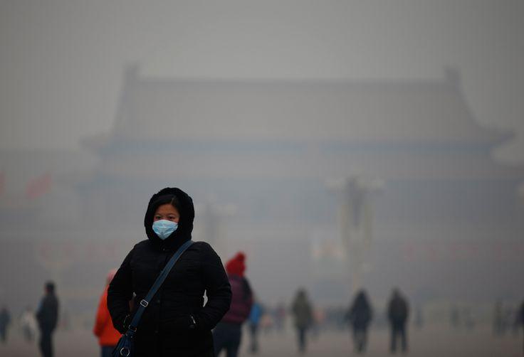 Impresionantes imágenes de la contaminación en la que viven los habitantes de Pekín