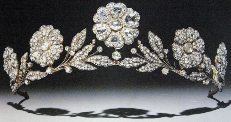 Strathmore Rose Tiara, United Kingdom (by 1923; diamonds, silver, gold). A wedding gift to Elizabeth Bowes-Lyon (later Queen Elizabeth, Queen consort of King George VI) from her father Claude Bowes-Lyon, 14th Earl of Strathmore and Kinghorne.