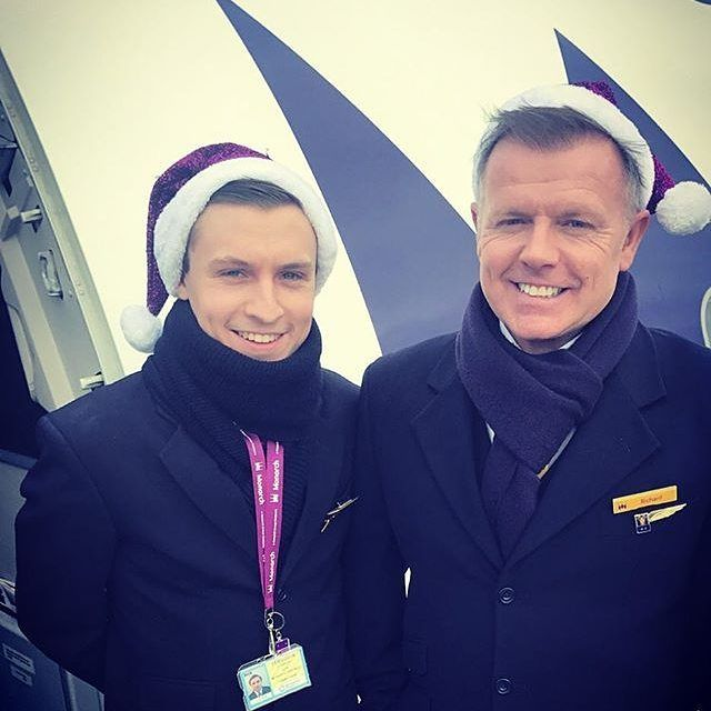 Cold Christmas Eve morning in Grenoble  #monarchairlines #monarchcabincrew #bigspottyM #christmaseve #christmas #santahats #turnaround #grenobleairport #GNB #grenoble #france #downroute #airport #airline #aircraft #aviation #instagramaviation #instaaviation #instaplane #cabincrew #cabincrewlife #crewlife #crewiser #flightattendant #flightattendantlife #friends #flyingwithfriends #avgeek : @gsamp757