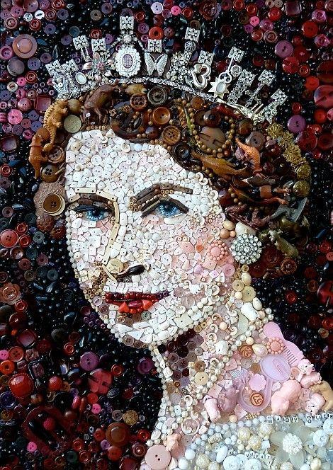 mosaic art made with buttons queen elizabeth ii portrait button art buttons buttonart. Black Bedroom Furniture Sets. Home Design Ideas