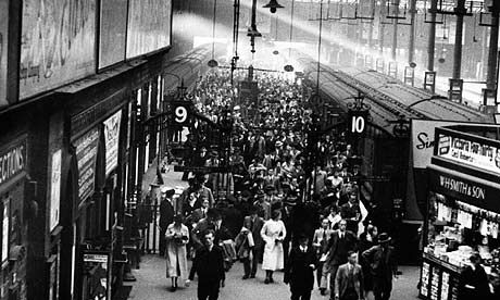 Train stations: how busy is yours? Victoria Station in 1927. Click image to embiggen. Photograph: Science & Society Picture Librar/SSPL via Getty Images.