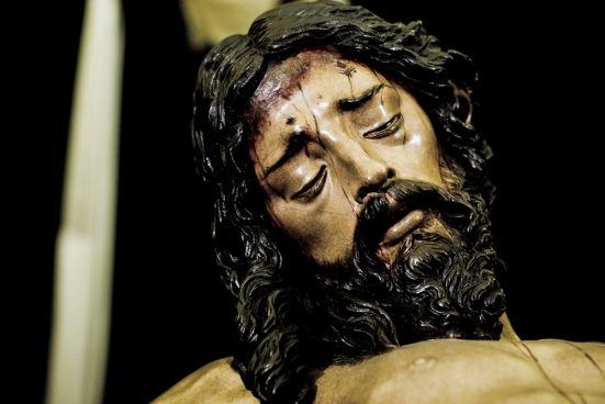Fotografía del Cristo de la Buena Muerte. (Hermandad de los Estudiantes). Sevilla.
