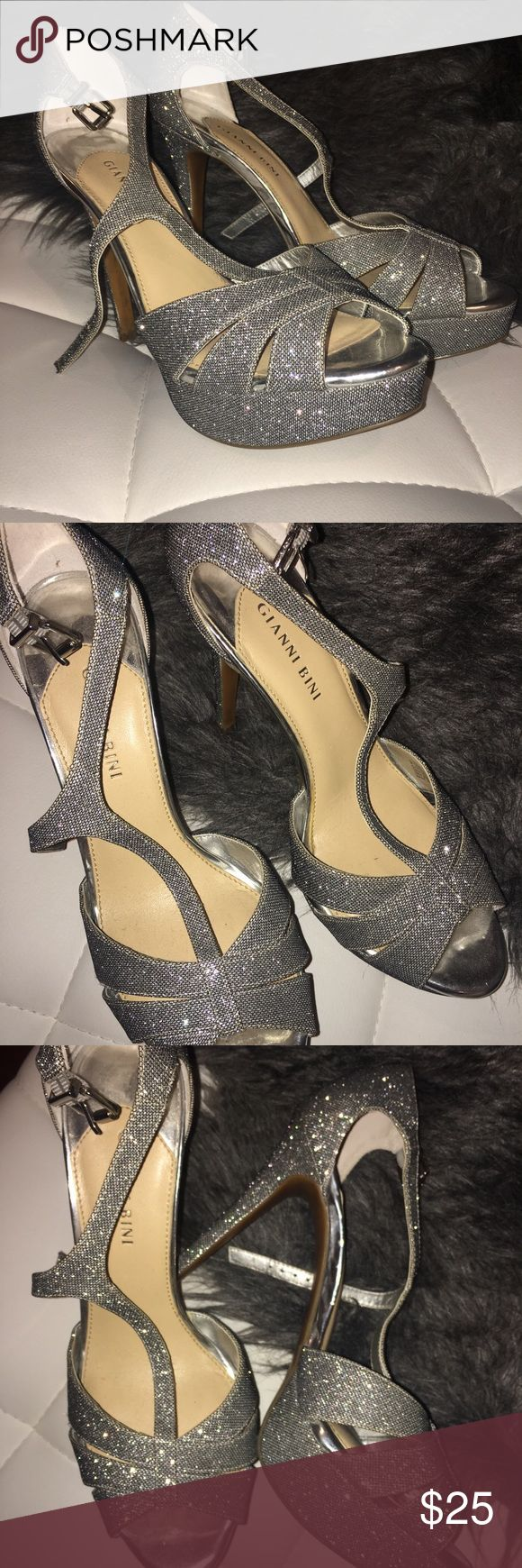 Silver sparkly heels High heels Gianni Bini Shoes Heels