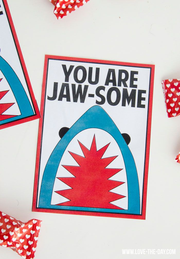 In honor of the big game halftime show we're pinning this Jaw-some Valentine's Day card. So cute!