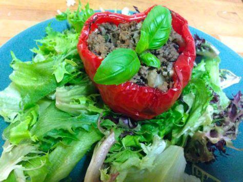 Salaatti nro 48 - Täytetyt paprikat ja Mixi