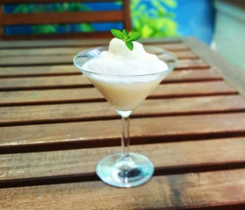 Sorbete de limón cremoso para #Mycook http://www.mycook.es/receta/sorbete-de-limon-cremoso/