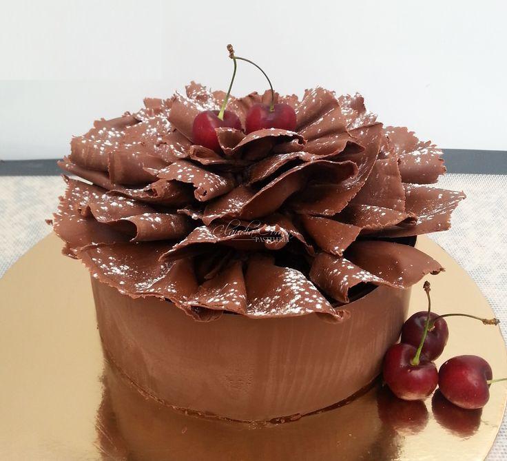 Y que tal esta hermosura...en su interior nuestra deliciosa torta de chocolate vegana !!!