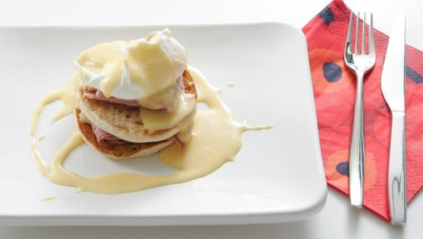 Follow Paul Merrett's step-by-step guide to making hollandaise sauce and poaching eggs for a breakfast fit for a king.