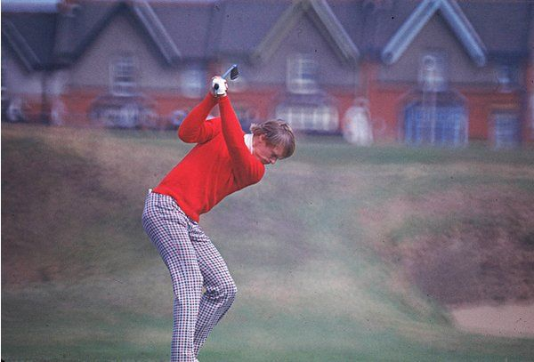 1970s                                                        The nadir of golf style, and perhaps all American fashion. Golfers wore trousers — purple, magenta, and kelly green — that could only be worn on a golf course, and paired the likes of brown polyester with orange nylon. As in the office, men wore turtlenecks and mock turtlenecks on the course.