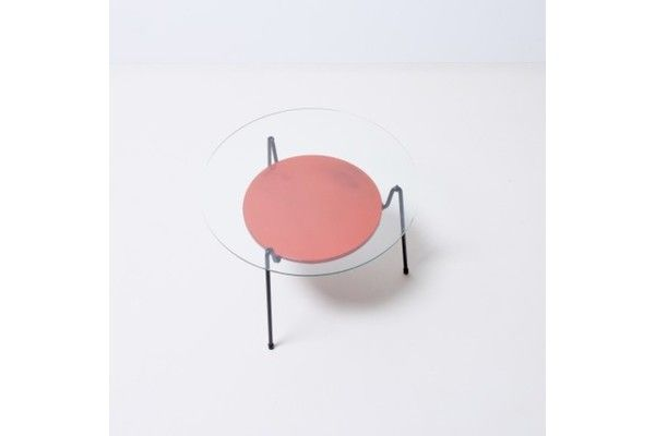 Rietveld Mug Coffee Table. The 'Mug' coffee table – translating as 'Mosquito' – was designed by Wim Rietveld, son of the famous Bauhaus designer, Gerrit Rietveld. Great example of Dutch industrial design. Red metal shelf, black tubular frame, original glass top.