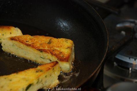 Krokant gebakken polenta extra ingredient: knoflookpoeder De helft is ook prima! voorzichtig met verse kruiden, overheerst snel bv rozemarijn