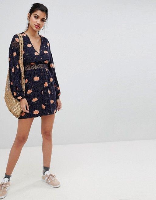 bffd52282 Glamorous floral playsuit with lace cut out detail de 2019 | noir ...