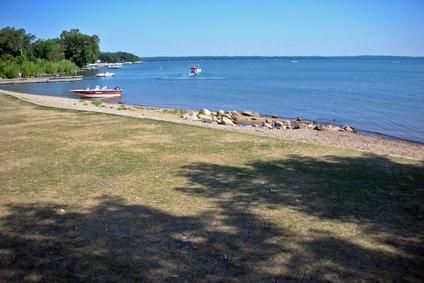 Free Campgrounds in Minnesota - lakes and picnics - driving around to find one we liked - what a summer!!