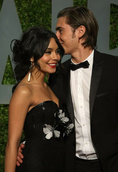 zac efron and vanessa-hudgens.... they were cute...